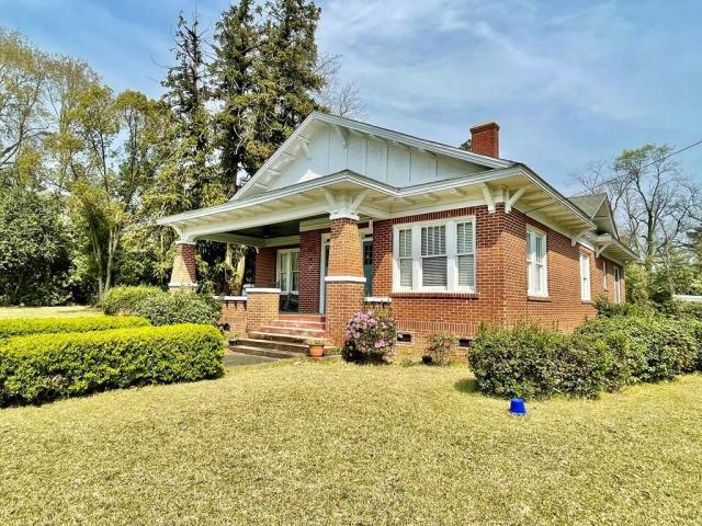 House view featured at 17234 S Highland Ave, Arlington, GA 39813