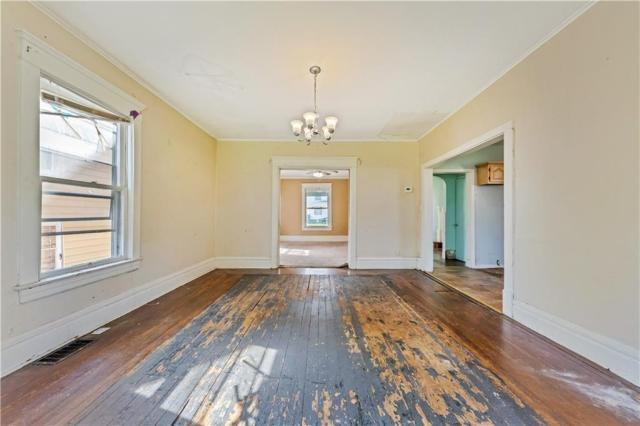 Dining room featured at 920 Maryland Ave, New Castle, PA 16101