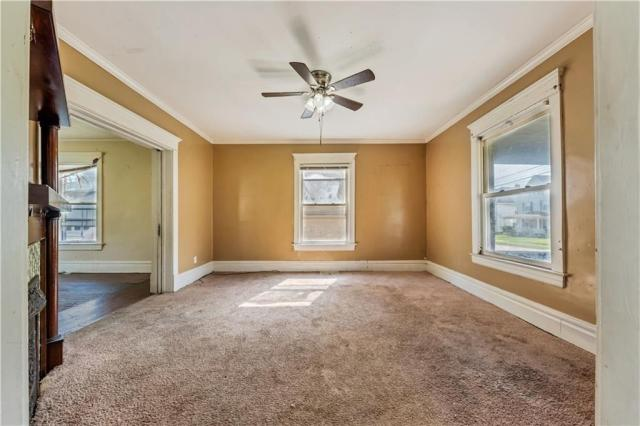 Bedroom featured at 920 Maryland Ave, New Castle, PA 16101