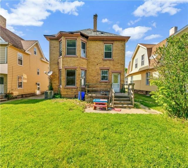 Yard featured at 920 Maryland Ave, New Castle, PA 16101