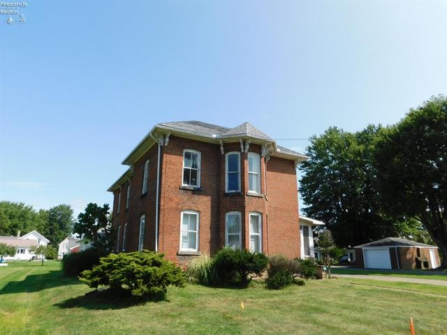 House view featured at 2 Seminary St, Greenwich, OH 44837