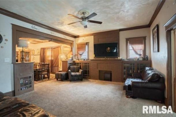 Property featured at 1207 W 3rd St, Peoria, IL 61605