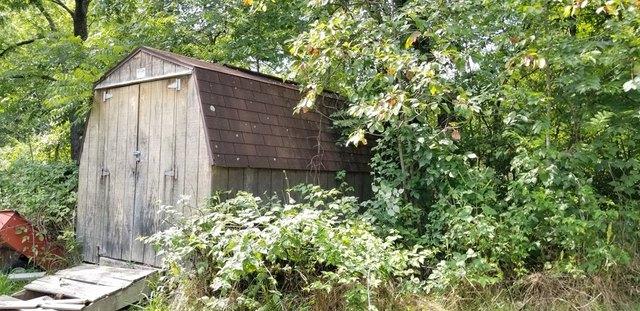 Farm land featured at 3172 Coal River Rd, Glen Daniel, WV 25844