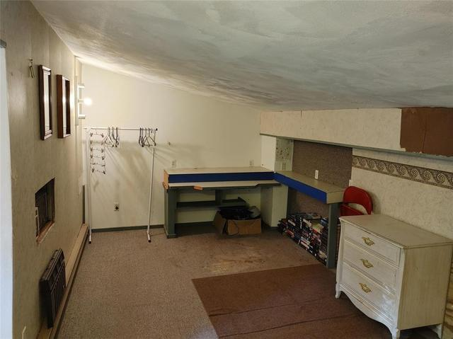 Garage featured at 511 County Road 9, Chenango Forks, NY 13746