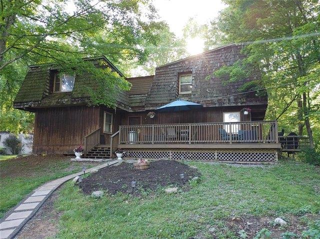 Porch yard featured at 511 County Road 9, Chenango Forks, NY 13746