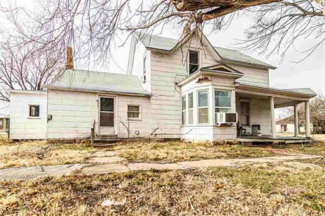 House view featured at 703 W 8th St, Junction City, KS 66441