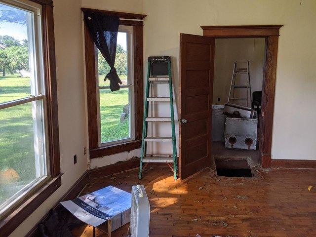 Porch featured at 229 Main St, Prairie Home, MO 65068