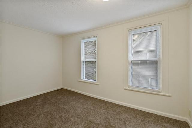 Bedroom featured at 6 Brooklyn St, Rochester, NY 14613