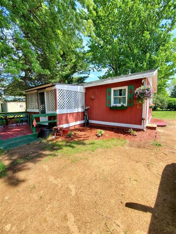 House view featured at N3578 Franks Dr, Montello, WI 53949
