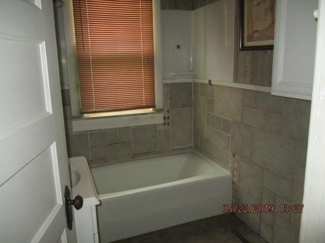 Bathroom featured at 368 Graves Ave, Henning, TN 38041