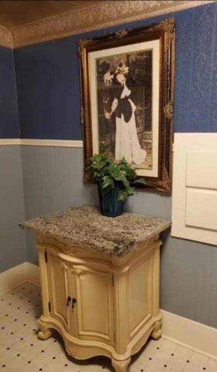 Bathroom featured at 211 N Rodehaver St, Oberlin, KS 67749