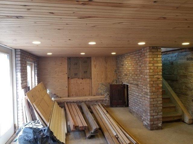 Porch featured at 444 E Randolph St, Howard, KS 67349