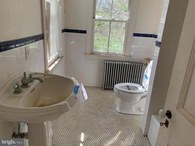 Bathroom featured at 6705 Chestnut St, Port Norris, NJ 08349