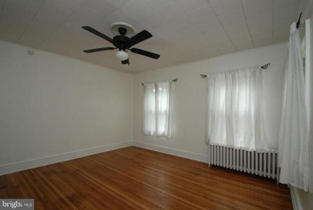 Bedroom featured at 165 N Hanover St, Pottstown, PA 19464