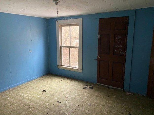Bedroom featured at 145 Cedar Branch Rd, Saltville, VA 24370