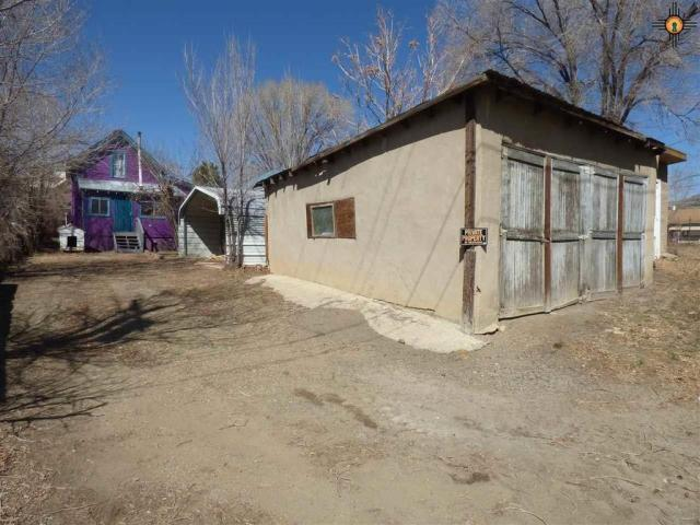 Farm land featured at 517 S 2nd St, Raton, NM 87740