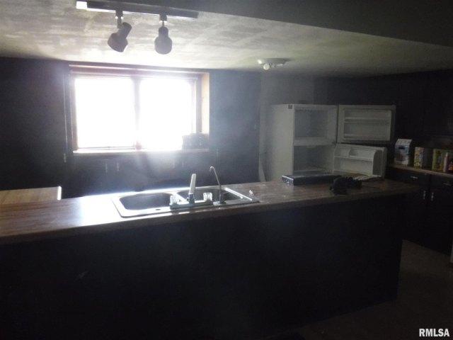 Kitchen featured at 7923 US Highway 50, Iuka, IL 62849