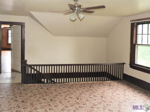 Bedroom featured at 504 Ollie St, Melville, LA 71353