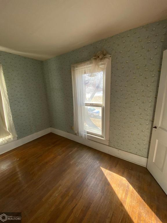 Bedroom featured at 502 Broad Ave, Stanton, IA 51573
