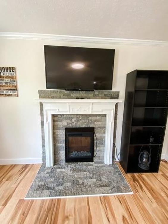 Living room featured at 17296 Martinsville Hwy, Axton, VA 24054