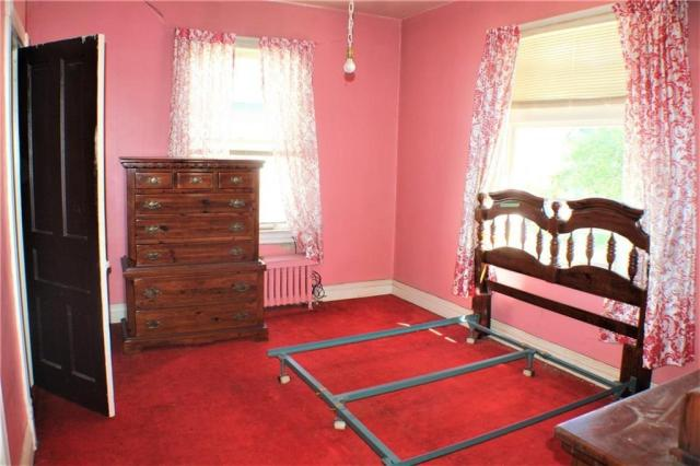 Bedroom featured at 511 Allegheny Ave, Avonmore, PA 15618