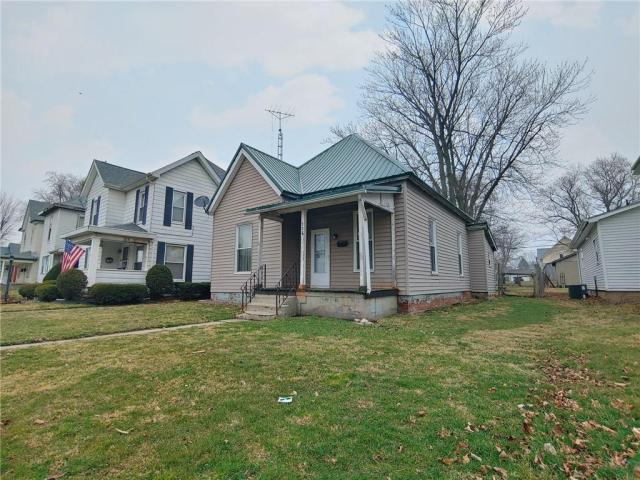 House view featured at 706 N Sexton St, Rushville, IN 46173
