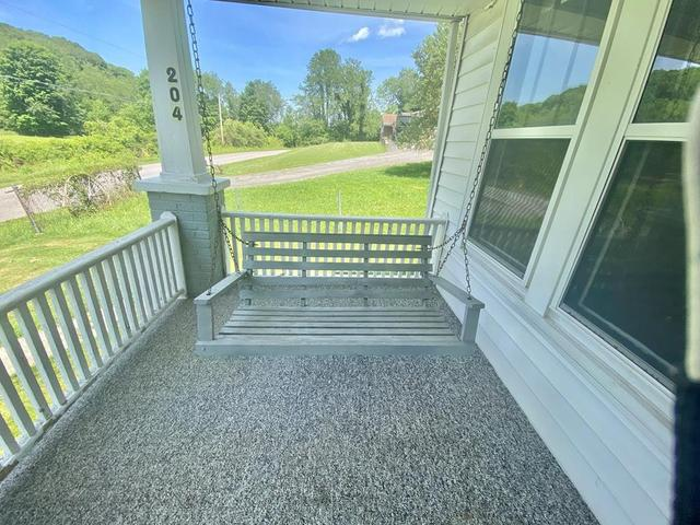Porch featured at 204 Creasey Rd, Bluefield, VA 24605