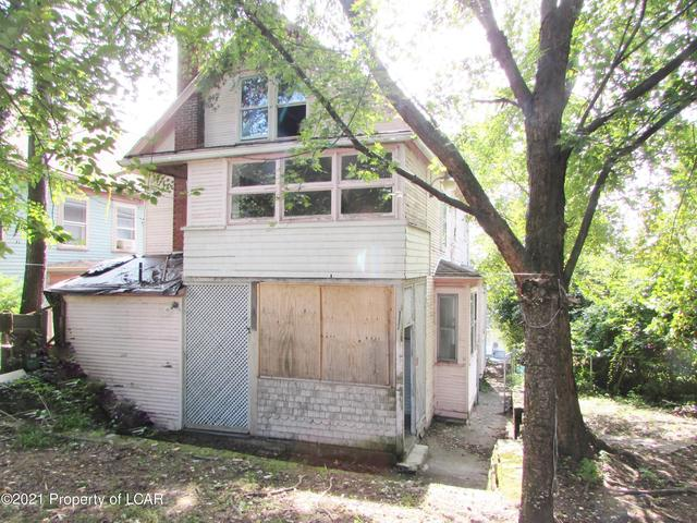 House view featured at 329 E Main St, Plymouth, PA 18651