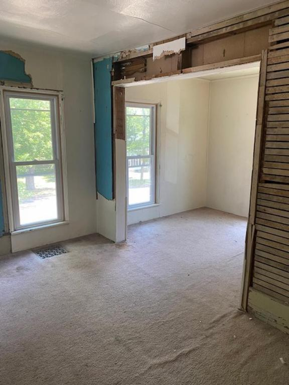 Property featured at 120 Howard St, Caro, MI 48723
