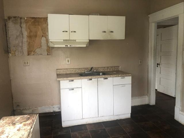 Kitchen featured at 635 College Ave, Bluefield, WV 24701