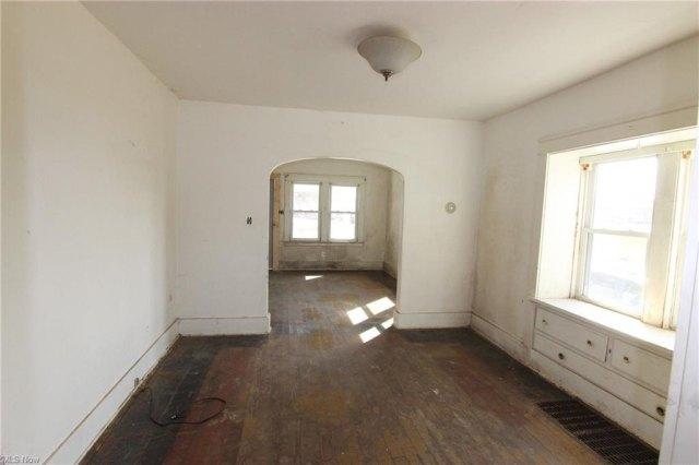 Property featured at 2279 Elm Rd NE, Warren, OH 44483