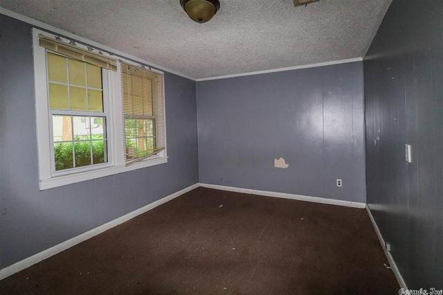 Bedroom featured at Bald Knob, AR 72010