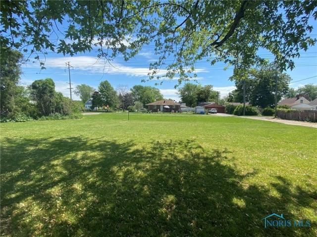 Farm land featured at 205 Milford St, Toledo, OH 43605