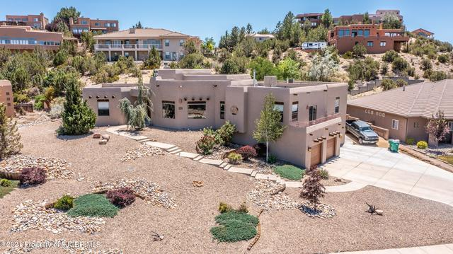House view featured at 383 Canyonview Dr, Farmington, NM 87401