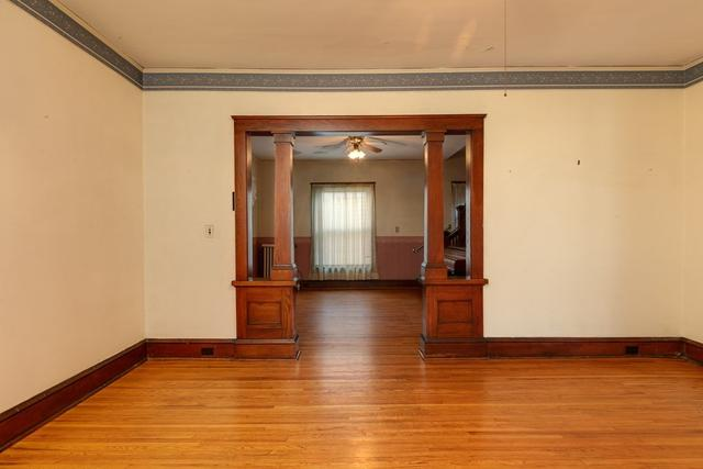 Living room featured at 211 W Miller St, Elmira, NY 14904