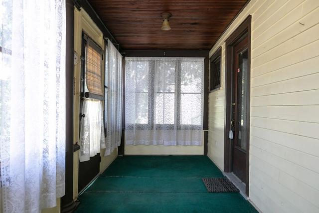 Porch featured at 211 W Miller St, Elmira, NY 14904