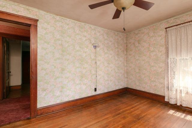 Bedroom featured at 211 W Miller St, Elmira, NY 14904