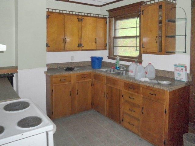Kitchen featured at 713 Virginia Ave, Bluefield, VA 24605