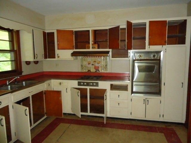 Kitchen featured at 818 Holland Rd, Danville, VA 24541