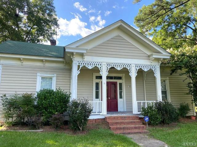 Porch featured at 408 S Main St, Rich Square, NC 27869