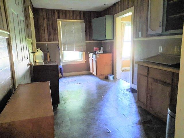 Kitchen featured at 1311 Polk St, Danville, IL 61832