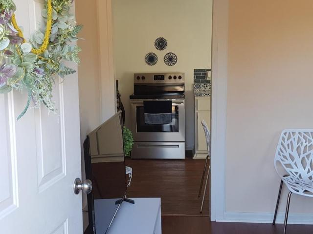 Laundry room featured at 1201 Troy West Rd, McCormick, SC 29835