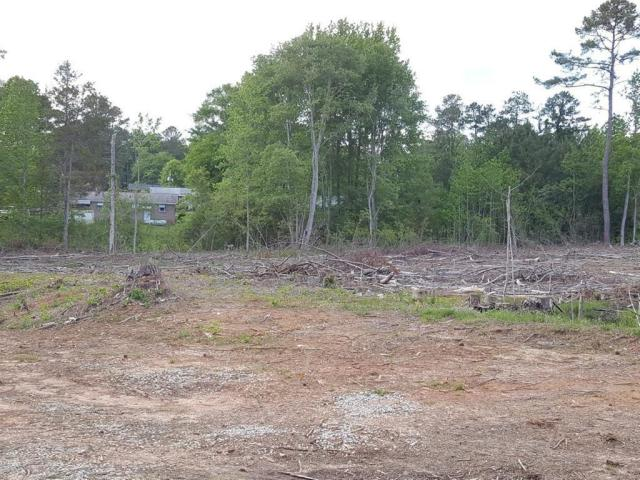 Yard featured at 1201 Troy West Rd, McCormick, SC 29835