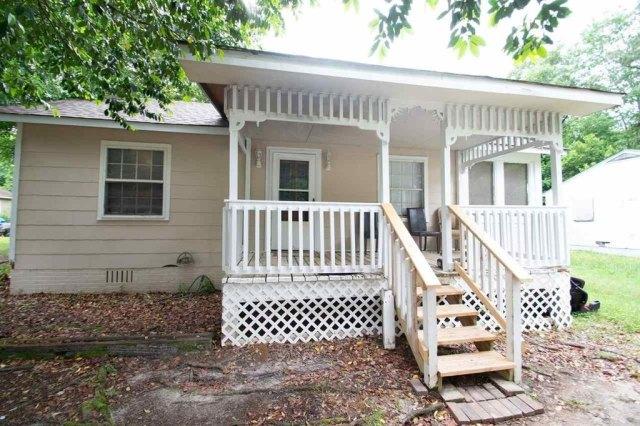 Porch featured at 127 Tinker Blvd, Warner Robins, GA 31093