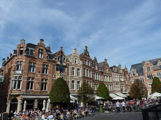 15 Great Things To Do In A Day In Leuven, Belgium - Leuven Oude Markt
