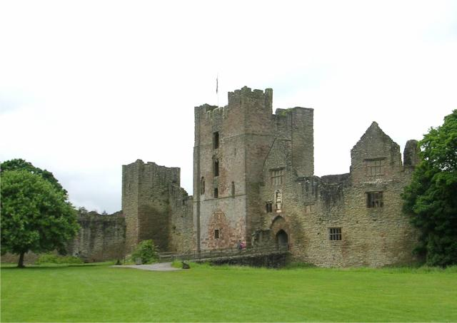 11 Stunning Sights To See In Shropshire, England - Ludlow Castle