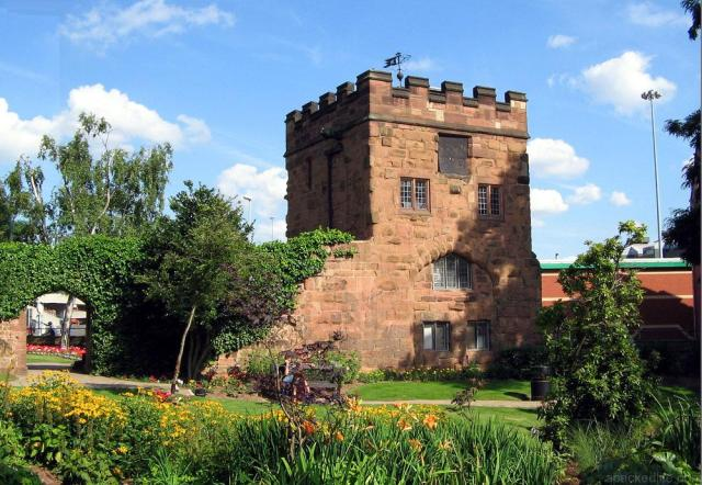 13 Compelling Things To Do In Coventry, England - Swanswell Gate