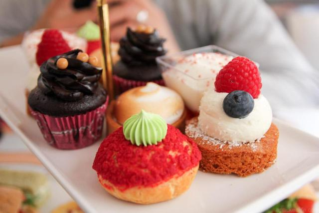 The Best Afternoon Tea Experiences Around The World - B Bakery London Bus Afternoon Tea - My Toronto, My World
