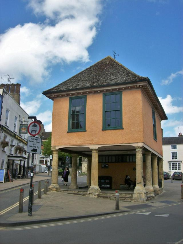 15 Hidden Treasures In The Vale Of White Horse, Oxfordshire - Faringdon Town Hall