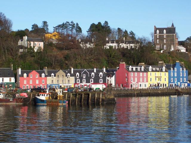 The 9 Best Beaches in Scotland You Must Visit - Tobermory, Mull